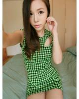 WD9257 Houndstooth Print Dress Green