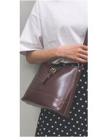 KW80523 PLAIN CROSSBODY BAG DARK BROWN