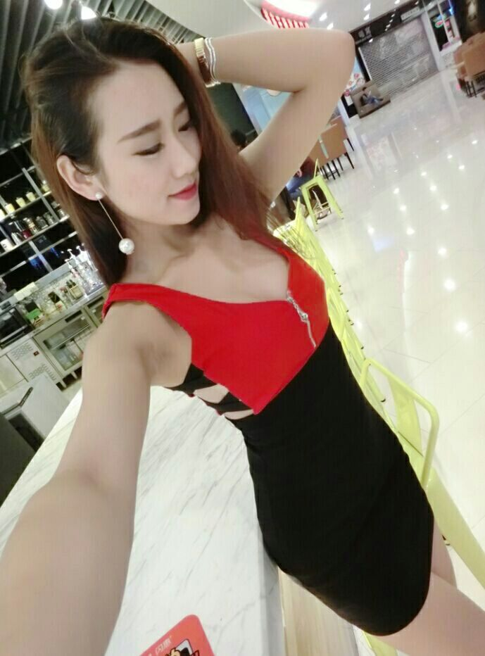 WD6796 Sexy Sleeveless Dress Red